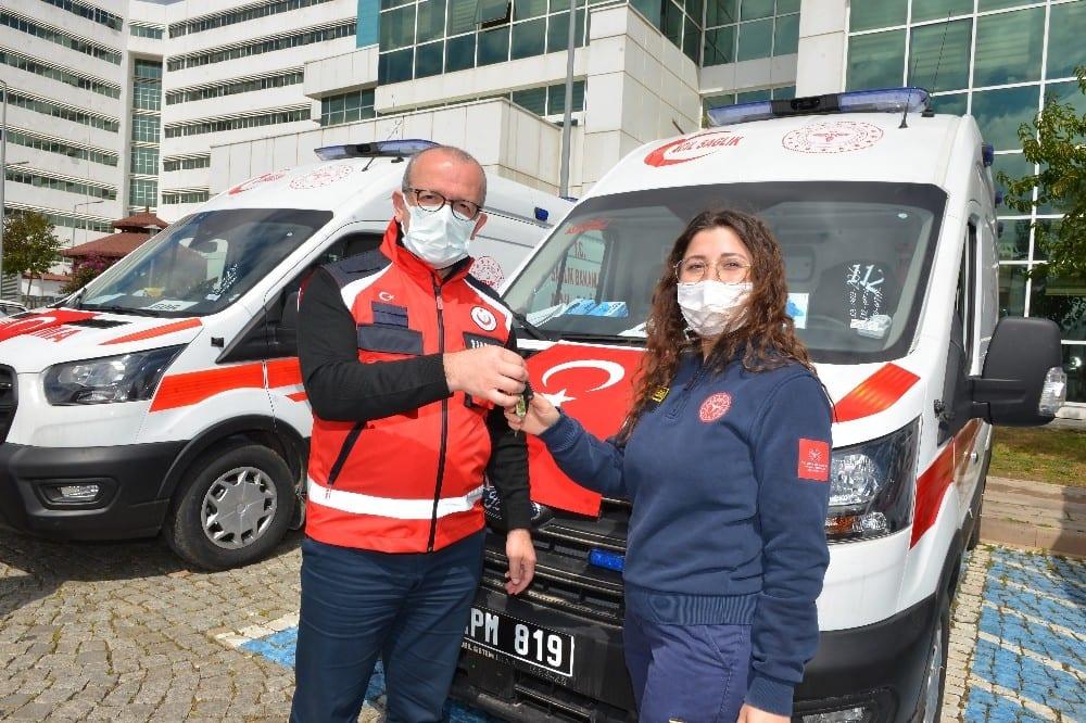 Antalya'ya 5 yeni ambulans