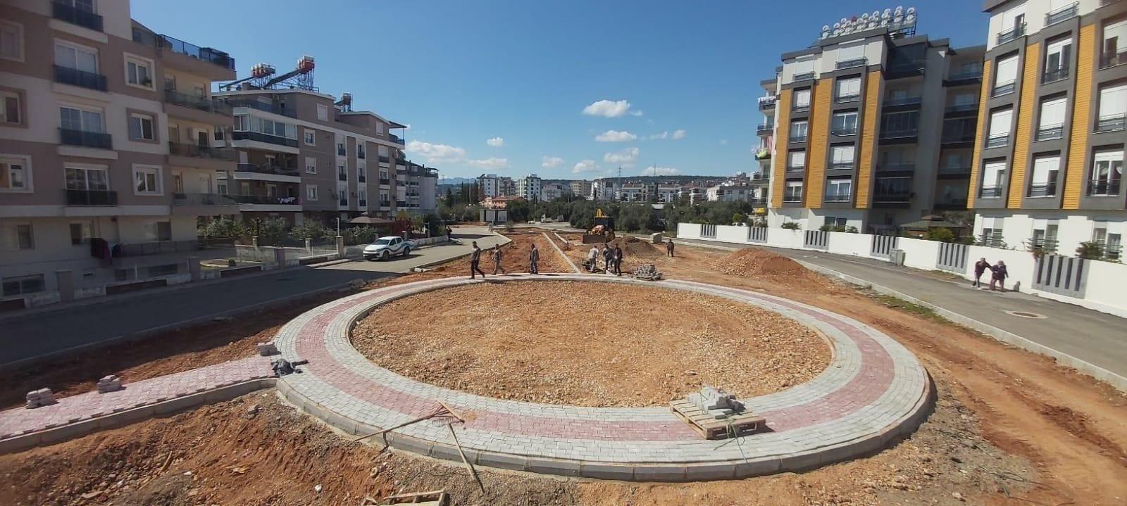 Kepez'den Göçerler Mahallesi'ne 5'nci park