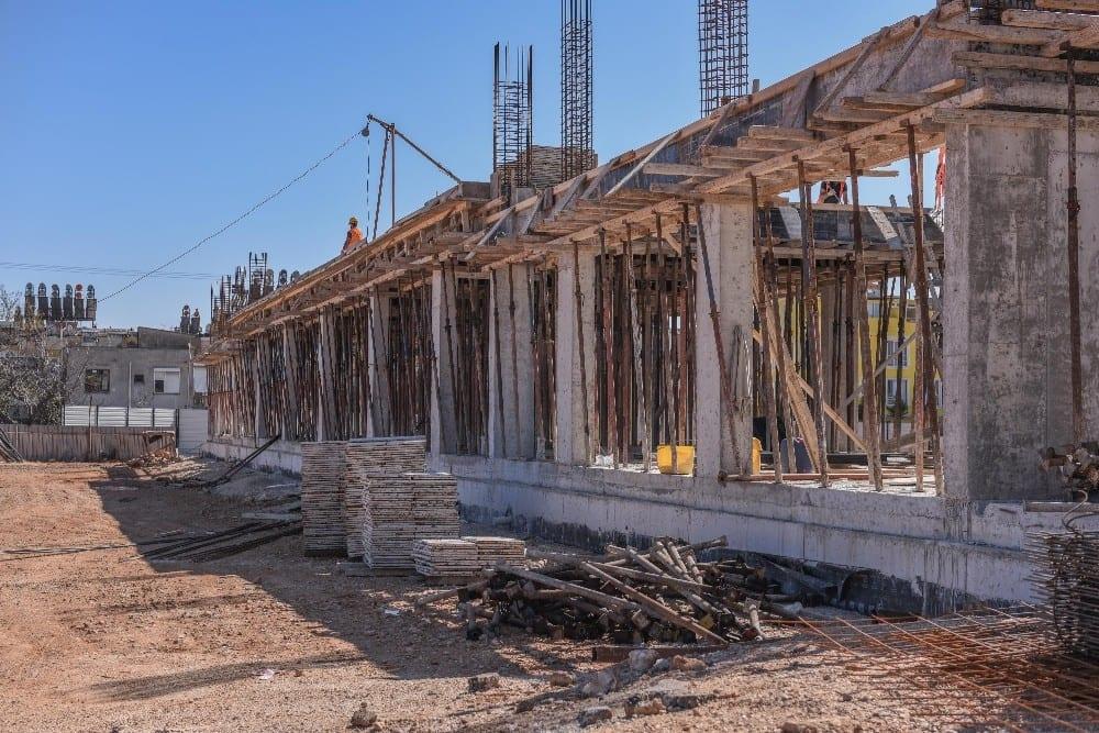 Kepez'in balık ve organik pazar inşaatı yükseliyor