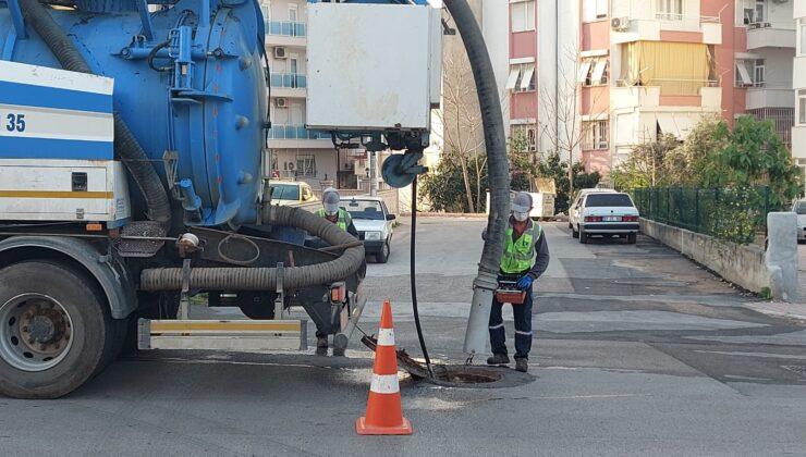 Antalya Büyükşehir Belediyesi'nden Kanalizasyon hatlarına bakım