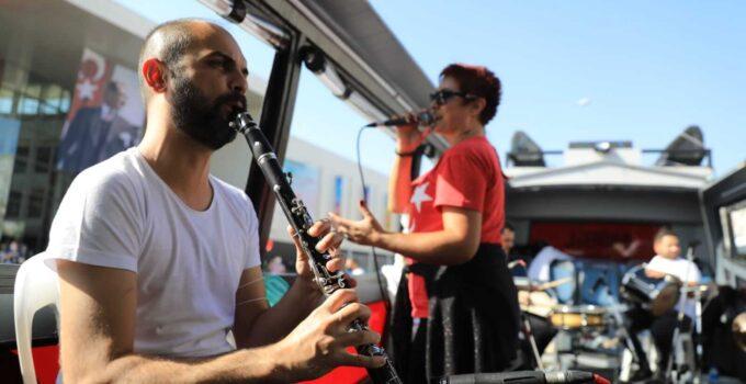 Antalya Büyükşehir'den Ramazan'a özel mobil konserler