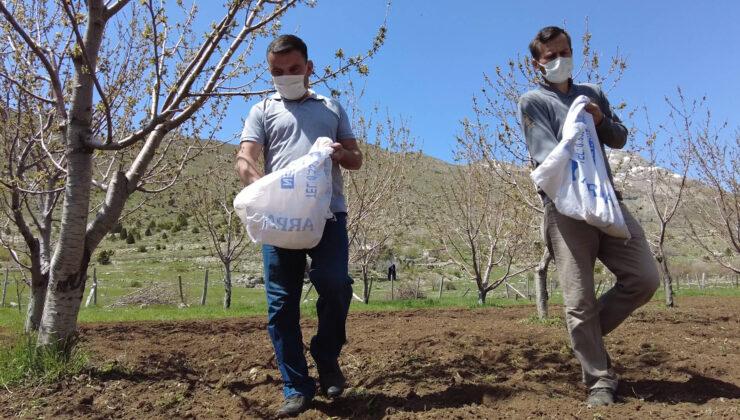 Büyükşehir'den bal üreticilerine destek | Gündoğmuş'ta üreticilere arı otu verildi