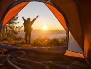 Kamp Yaparak Doğayı Keşfedin